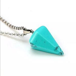 5/$25 💙 Turquoise Pendulum Necklace